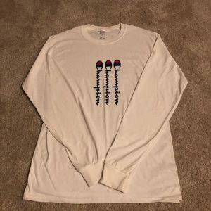 Long sleeve white champions T-shirt